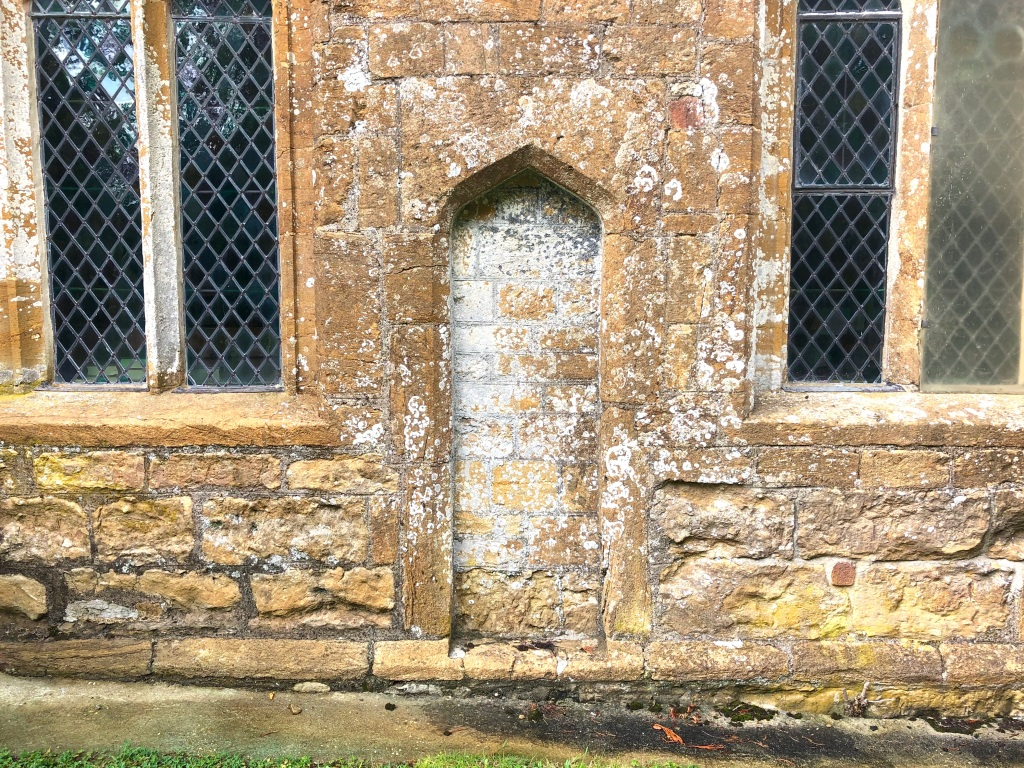 St Mary Magdalene Thornford Dorset Scratch dial location